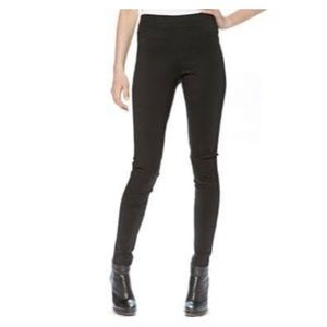 Hue Black Leggings